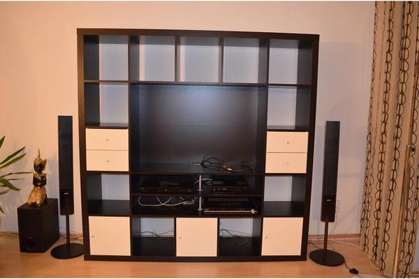 ikea expedit tv regal wohnwand in schwarzbraun in. Black Bedroom Furniture Sets. Home Design Ideas