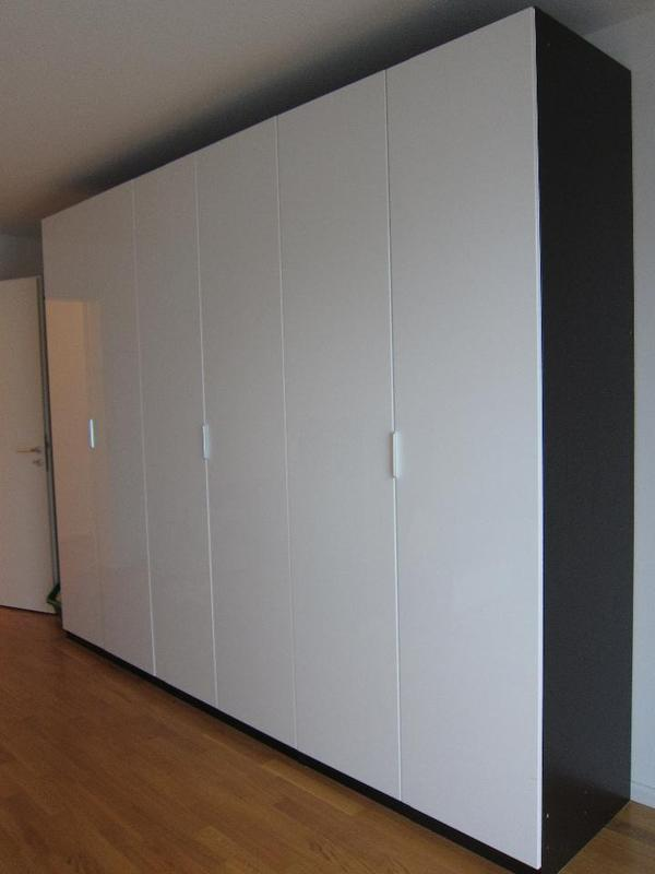 ikea schrank pax ikea pax schrank wei mit schiebet ren in. Black Bedroom Furniture Sets. Home Design Ideas