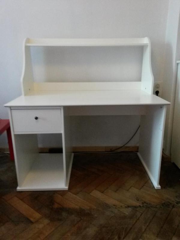 schreibtisch ikea johan beschreibung. Black Bedroom Furniture Sets. Home Design Ideas