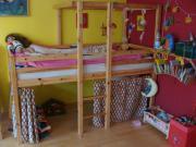 individuell gestaltbares Kinderhochbett