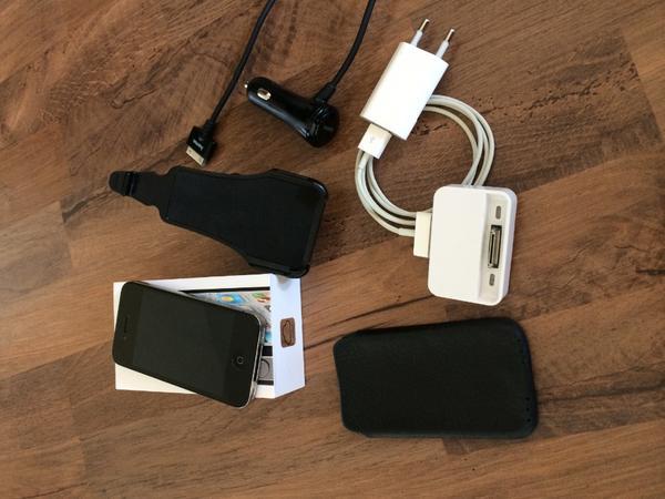 iphone 4s 16 gb super zustand viel zubeh r in. Black Bedroom Furniture Sets. Home Design Ideas