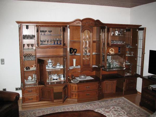 italienische stilm bel echtholz wohnzimmerschr nke anbauw nde aus neumarkt. Black Bedroom Furniture Sets. Home Design Ideas