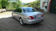 Jaguar X-Type (