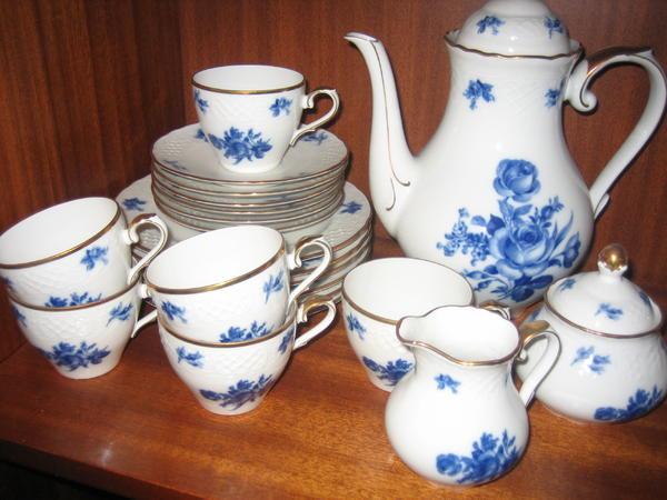 kaffeegeschirr bavaria blau weiss motiv rose in. Black Bedroom Furniture Sets. Home Design Ideas