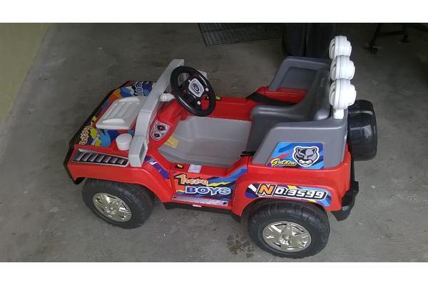 kinderauto mit vor und r ckw funktion in l chgau kinderfahrzeuge kaufen und verkaufen ber. Black Bedroom Furniture Sets. Home Design Ideas