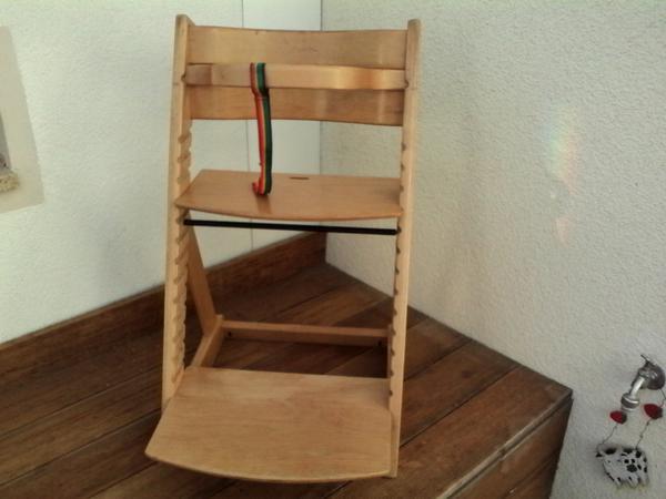 kinderhochstuhl aus massiven holz hnlich tripp trapp von stokke e in dachau laufst lle. Black Bedroom Furniture Sets. Home Design Ideas