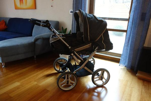 kinderwagen teutonia mistral p 2010 mit viel zubeh r in kammerstein kaufen und verkaufen ber. Black Bedroom Furniture Sets. Home Design Ideas