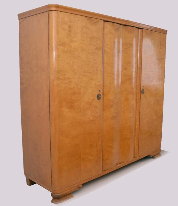 antiker kleiderschrank neu und gebraucht kaufen bei. Black Bedroom Furniture Sets. Home Design Ideas
