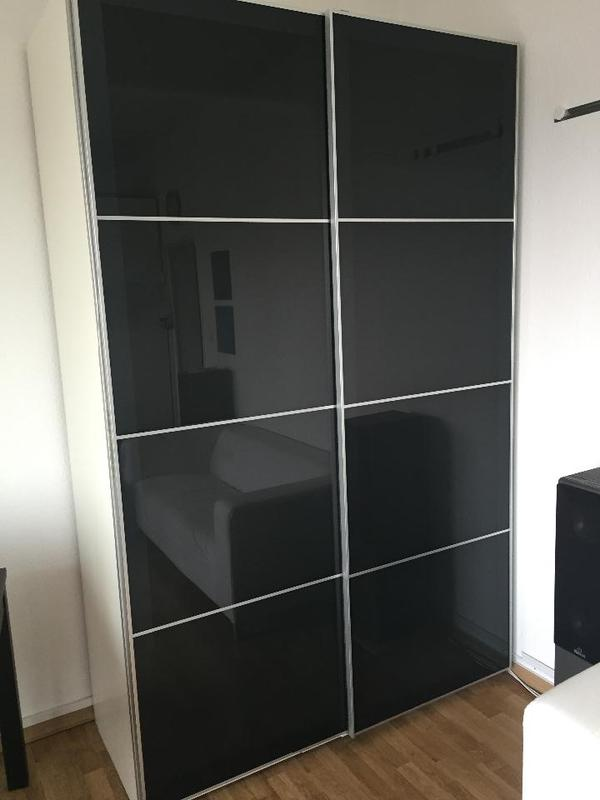 kleiderschrank ikea pax 237 x 150 x 66 hxbxt schwarz neuwertig in berlin ikea m bel kaufen. Black Bedroom Furniture Sets. Home Design Ideas