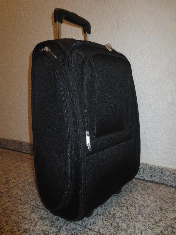 roller koffer kaufen gebraucht und g nstig. Black Bedroom Furniture Sets. Home Design Ideas