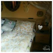 Komplettes Schlafzimmer zu