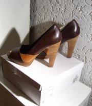 Leder -Schuhe