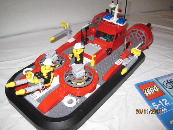 lego city luftkissenboot 7944 in kuhardt kaufen und verkaufen ber private kleinanzeigen. Black Bedroom Furniture Sets. Home Design Ideas