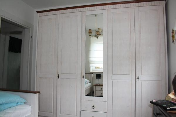 massivholz schlafzimmer set im landhausstil in n rnberg schr nke sonstige schlafzimmerm bel. Black Bedroom Furniture Sets. Home Design Ideas