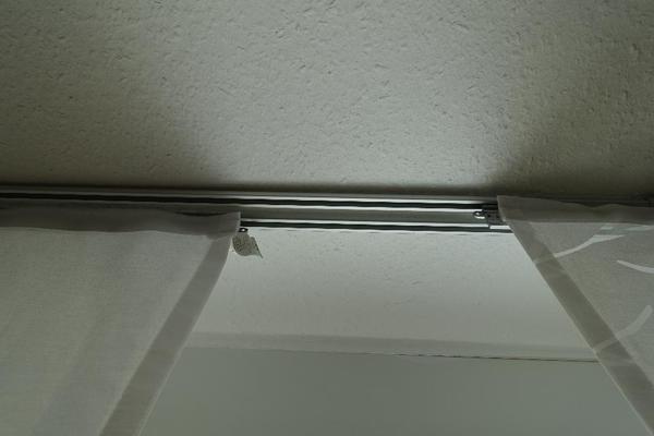 Ankleidezimmer Dachschräge Ikea ~   Ikea, weinrot, Organza u 2 Vorhänge Fenja Blad von Ikea, weinrot