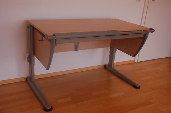 moll schreibtisch runner in buche schreibtischstuhl. Black Bedroom Furniture Sets. Home Design Ideas