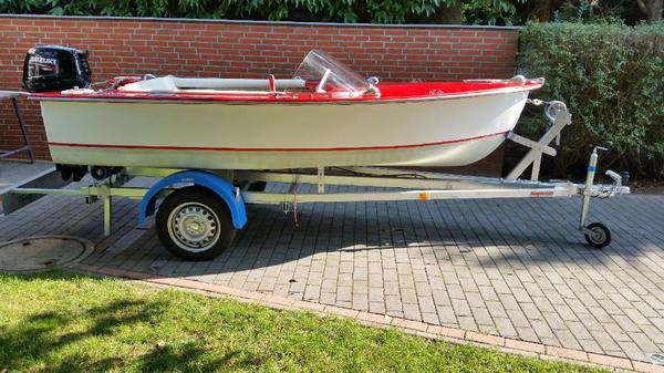 motorboot suzuki 15 ps und trailer 750 kg in barnekow motorboote kaufen und verkaufen ber. Black Bedroom Furniture Sets. Home Design Ideas