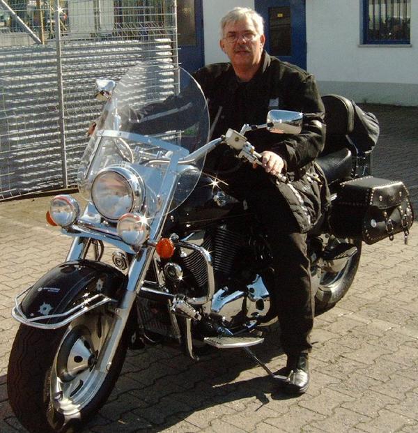 motorrad suzuki intruder vl 1500 in ludwigshafen chopper. Black Bedroom Furniture Sets. Home Design Ideas