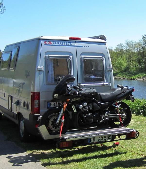 motorradtr ger 250kg f r fiat ducato in nidda wohnmobile. Black Bedroom Furniture Sets. Home Design Ideas