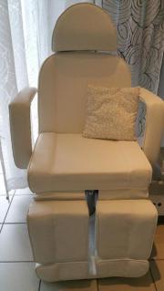 Neuwertiger Fußpflegestuhl und