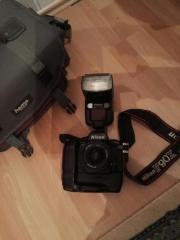 Nikon F90x Spiegelreflexkamera