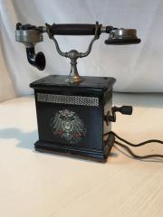 Original altes Kurbeltelefon,