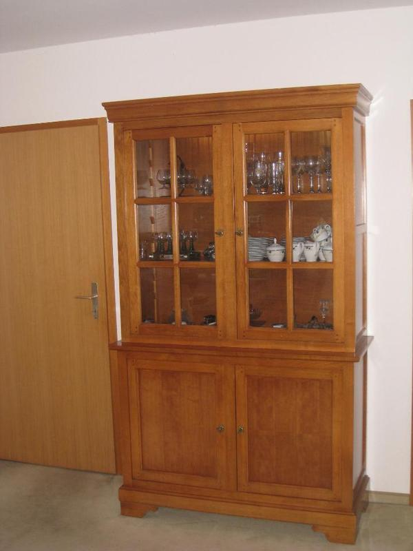 original selva vitrine kirschbaum in sulz. Black Bedroom Furniture Sets. Home Design Ideas