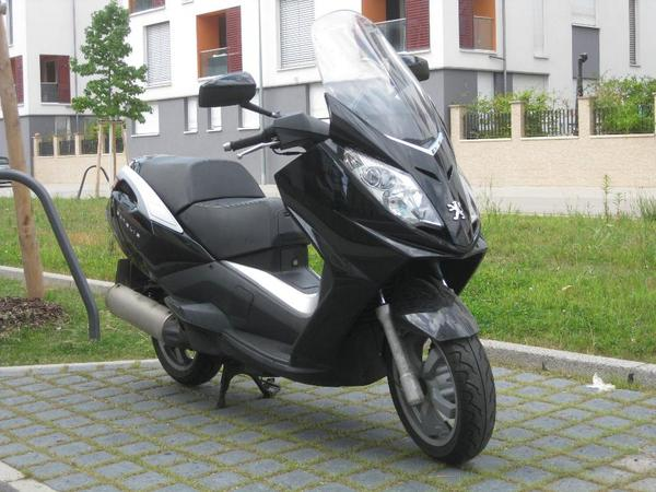 peugeot roller satelis 125 ccm schwarz bj 2006 in. Black Bedroom Furniture Sets. Home Design Ideas