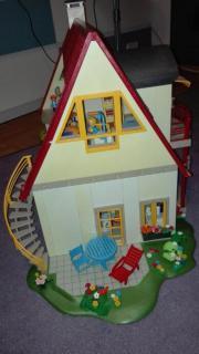 Playmobilhaus mit viel