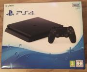 Playstation 4 Slim -