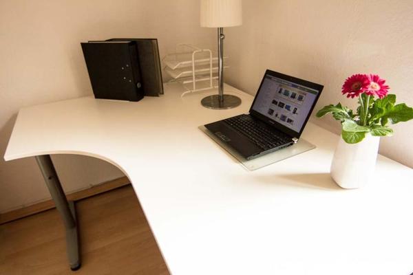 Ikea Pax Schrank Konfigurator ~ Praktischer IKEA Galant Eckschreibtisch, ideal fürs Büro zu Hause