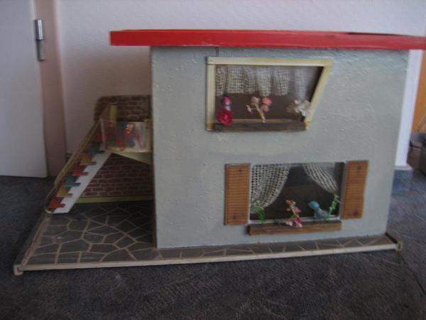 kleiderst nder kleinanzeigen familie haus garten. Black Bedroom Furniture Sets. Home Design Ideas