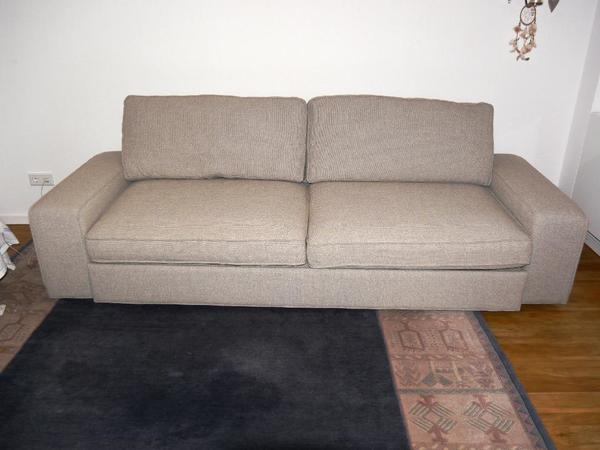 schickes schlafsofa schlafcouch sofa kivik von ikea top in frankfurt polster sessel. Black Bedroom Furniture Sets. Home Design Ideas