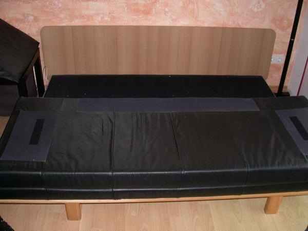 Polster sessel couch schlaf sofa couch mit schwarzem for Sofa nierenform