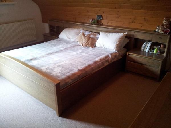 Schlafzimmer, Kasten, Doppelbett, Schreibtisch In Hohenems   Schränke,  Sonstige .