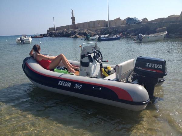 schlauchboot festrumpfschlauchboot anh nger motorboot in gaggenau motorboote kaufen und. Black Bedroom Furniture Sets. Home Design Ideas