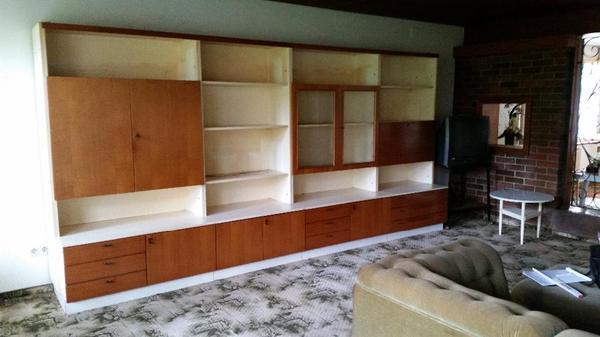 schr nke zu verschenken in feldkirch biete kostenlos private kleinanzeigen. Black Bedroom Furniture Sets. Home Design Ideas