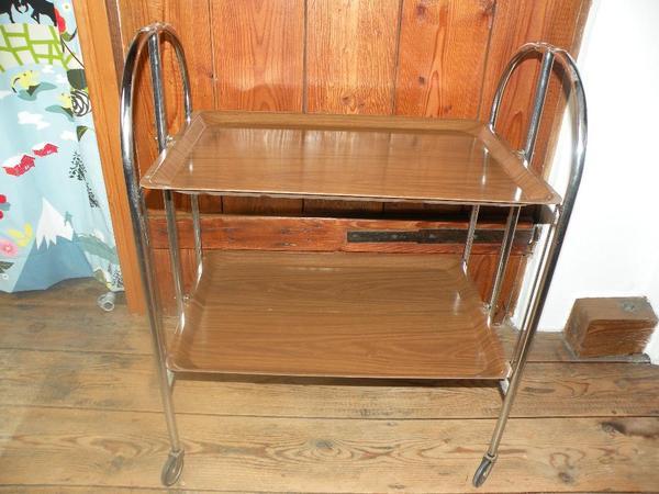 servierwagen dinett 70 er jahre in karlsbad designerm bel klassiker kaufen und verkaufen ber. Black Bedroom Furniture Sets. Home Design Ideas