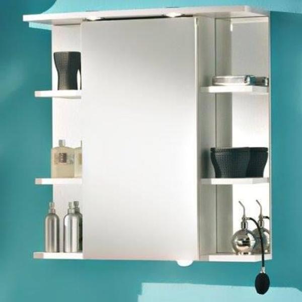 habe den spiegelschrank vor etwa einem jahr gekauft jetzt. Black Bedroom Furniture Sets. Home Design Ideas