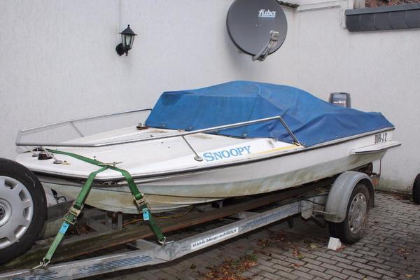 sportboot mit trailer und 50 ps yamahamotor in frankfurt. Black Bedroom Furniture Sets. Home Design Ideas