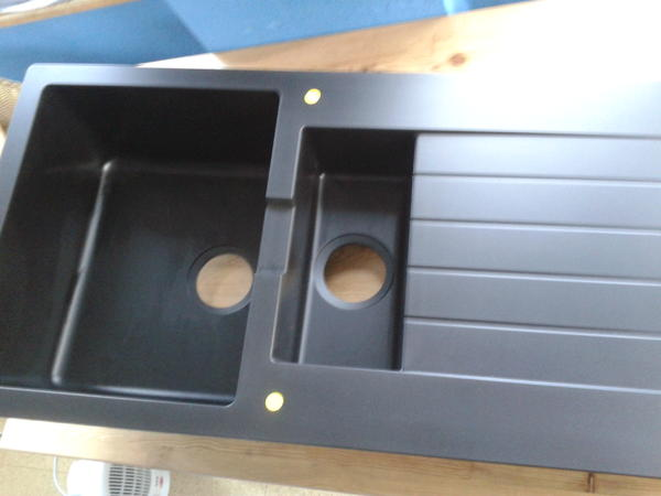 hallo ich verkaufe mein frisch erworbenes steinsp lbecken von ikea np 229eur bei mir passt es. Black Bedroom Furniture Sets. Home Design Ideas