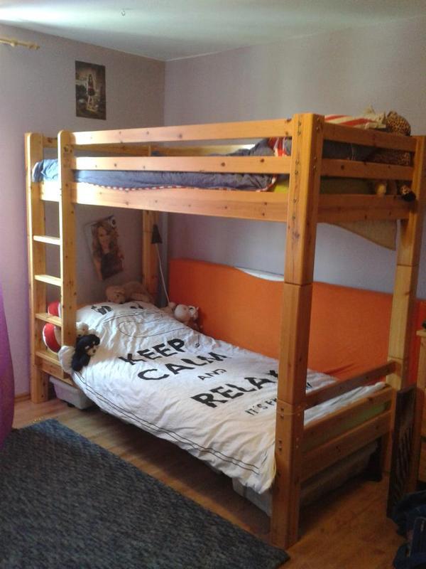 Stabiles hochbett massiv holz auch einzeln stellbar in for Jugendzimmer holz massiv