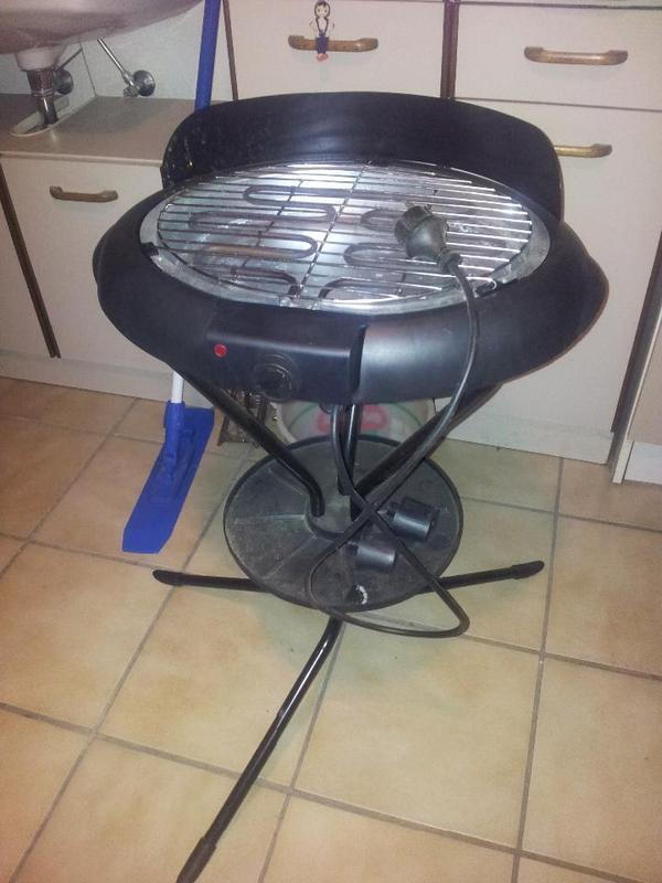 standgrill elektro in elsenfeld k chenherde grill. Black Bedroom Furniture Sets. Home Design Ideas
