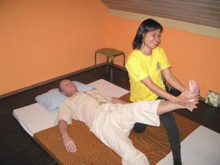 suriya thai massage in mainz kosmetik und sch nheit kaufen und verkaufen ber private. Black Bedroom Furniture Sets. Home Design Ideas