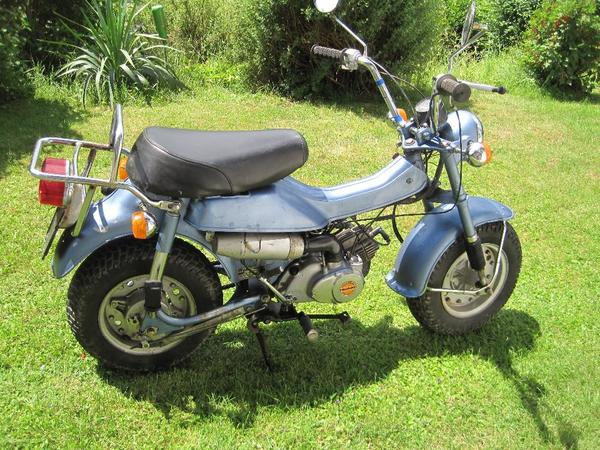 suzuki rv 50 moped mokick 5253km oldtimer in arrach. Black Bedroom Furniture Sets. Home Design Ideas