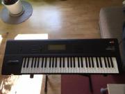 Synthesizer KORG 01-