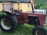 Traktor ihc 624