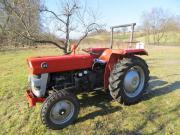 Traktor Massey-Ferguson