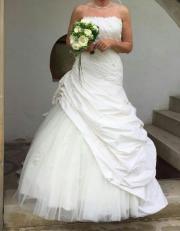Traumhaftes Hochzeitskleid inkl.