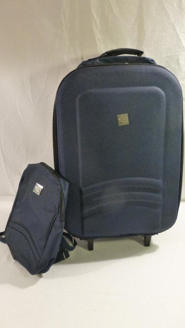 kleiner rucksack kaufen gebraucht und g nstig. Black Bedroom Furniture Sets. Home Design Ideas